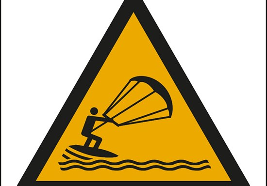 (attenzione; kite surfing – warning; kite surfing)