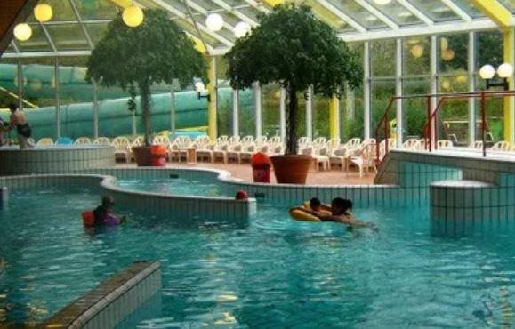 Ook in Ermelo sloop en nieuwbouw zwembad
