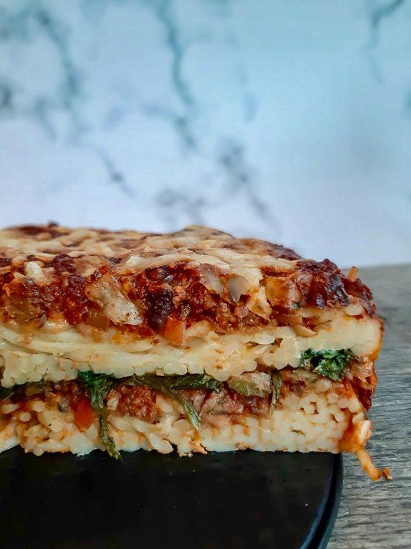Vegetarische spaghettitaart binnenkant