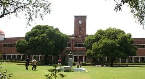 Top 5 Colleges of Delhi University to study Commerce