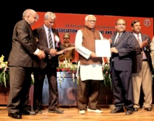 AMU Professor conferred Excellence Fellowship in the 42nd Convention of Indian Association of Preventive and Social Medicine