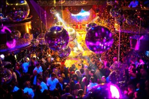 4 REASONS AS TO WHY NEW YEAR PARTIES ARE A MUST