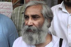 Magsaysay Award winner Sandeep Pandey termed 'Anti-national' by BHU. Stopped from teaching.