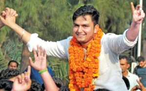 High Court issues notice to newly elected DUSU president
