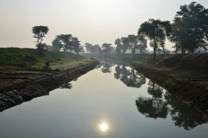 नदी को अगवा कर लिया गया, धार को अनाथ छोड़ दिया गया