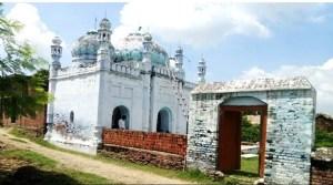 बिहार के इस गाँव में एक भी मुस्लिम नहीं, पर मस्जिद में रोज होती है अजान और पांच वक्त की नमाज