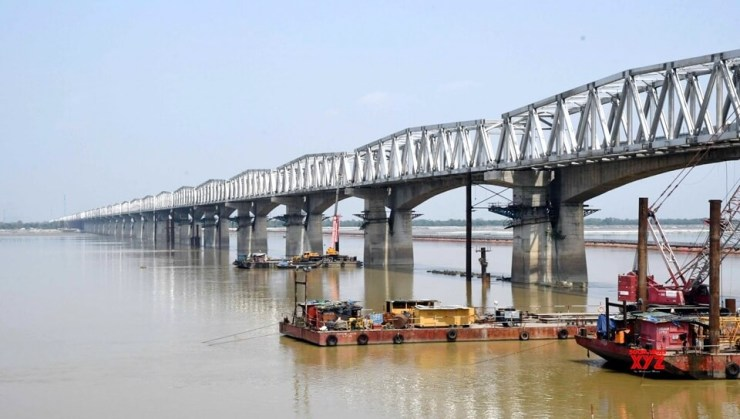 new Gandhi Setu, IRon Structure of GAndhi Setu, One lane of Gandhi Statue start