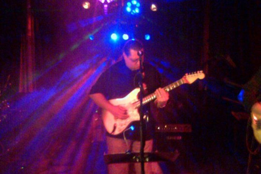 Aaron's Irish Pub-2011
