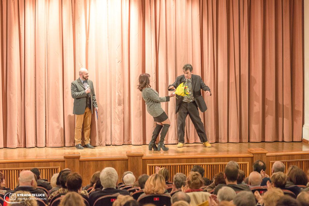 Monologando. Concorso per monologhi teatrali inediti 10