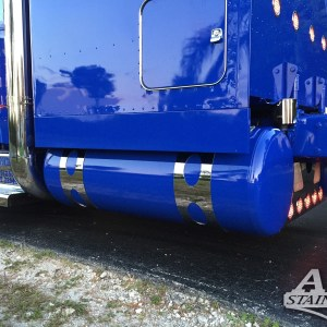 "Fuel Tank Straps 10"" Ovals All Kenworth ModelsPart#: 020010.1.0.33 $995 / 4PCS NOTE: For this look the original brackets needs to be cut of. Approximately 10 inches."