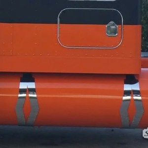 """Fuel Tank Straps 10"""" Diamond All Kenworth Models  Part#: 020010.1.0.32  $875 / 4PCS NOTE: For this look the original brackets needs to be cut of. Approximately 10 inches."""