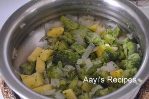 broccoli cheddar soup2