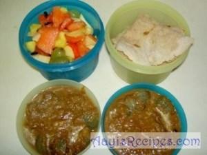 Lunchbox: Jolad rotti, Engayi and fruits
