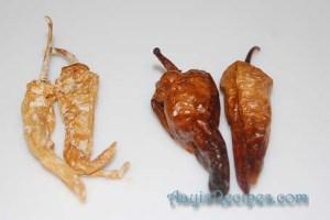 Buttermilk chilli (Taaka mirsang or Majjige menasu)