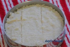 Steamed Coconut-Rice Cake (Doodh Sannan/Sandan)
