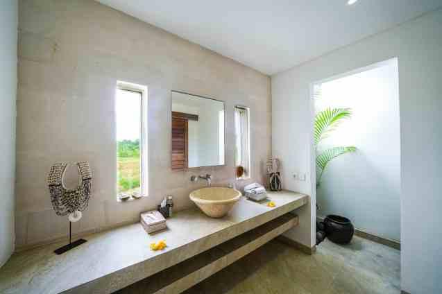 Villa Kadek Bedroom 3 Bathroom