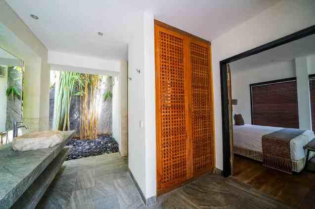 Villa Nyoman Bedroom 4 Bathroom(3)