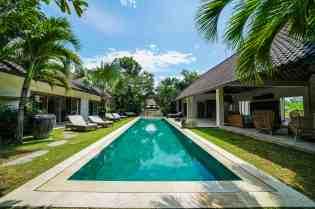 Villa Nyoman Swimming Pool 1