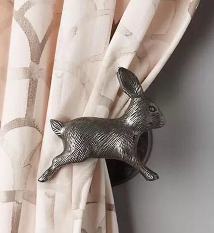 dodatki do sypialni, wnętrze w stylu skandynawskim, jakl urządzić sypialnię, elegancka sypialnia