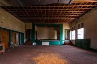 Kenansville School | Photo © 2011 Bullet, www.abandonedfl.com