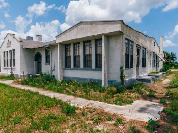 Pleasant Ridge School