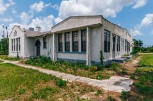 Pleasant Ridge School | Photo © 2009 Bullet, www.abandonedfl.com