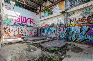 RC Cola Miami Plant | Photo © 2015 Bullet, www.abandonedfl.com