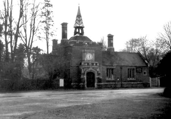 Harrow Amp Wealdstone Stanmore Village BR