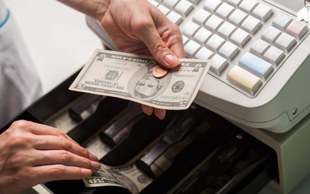 How to Balance a Cash Drawer