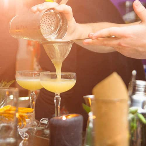 How to Bartend an Outdoor Party