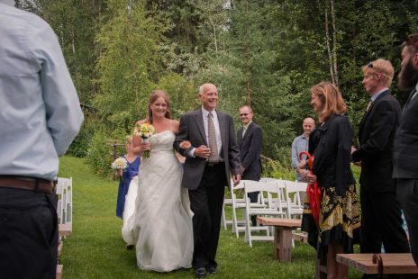 Zoe&Rich-hillsidel-lodge-golden-weddings-abarrettphotography-2