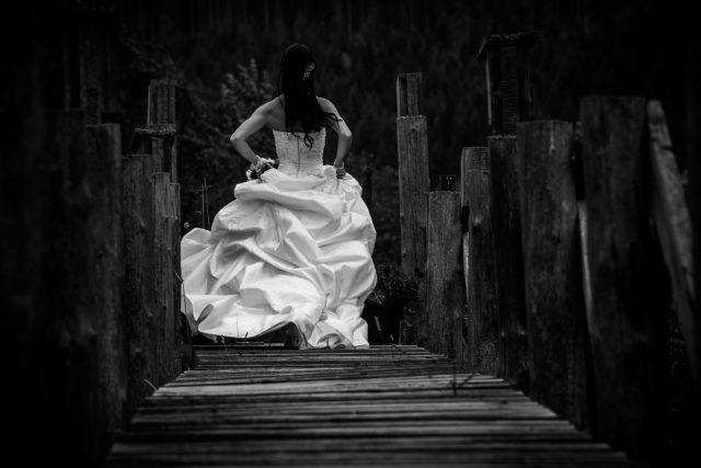 linea-pan-columbia-wetlands-wedding-abarrett-golden-78