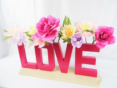 DIY Typography Vase With Crepe Paper Flowers