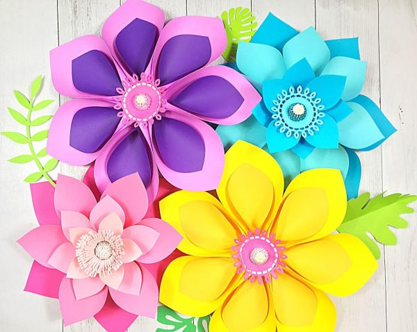 How to make giant Hawaiian paper flowers.