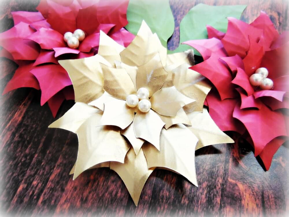 how to make lighted poinsettia garland