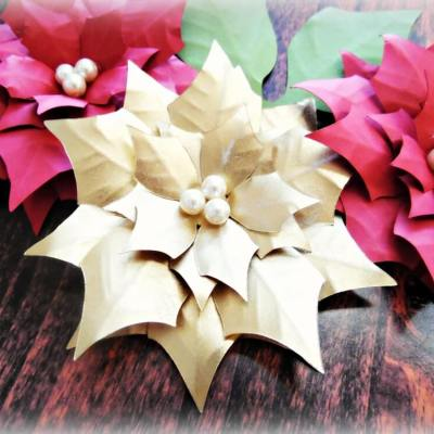 Paper Poinsettia Lighted Christmas Garland