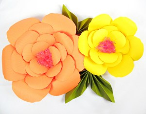 Giant Paper Flower Tutorials: DIY Large Hibiscus Flowers