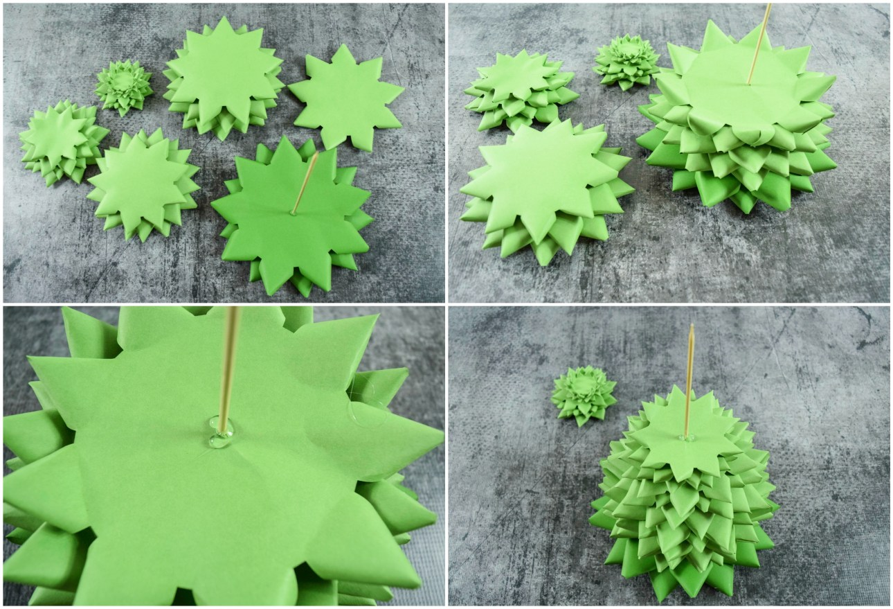 How to build the paper Christmas tree.