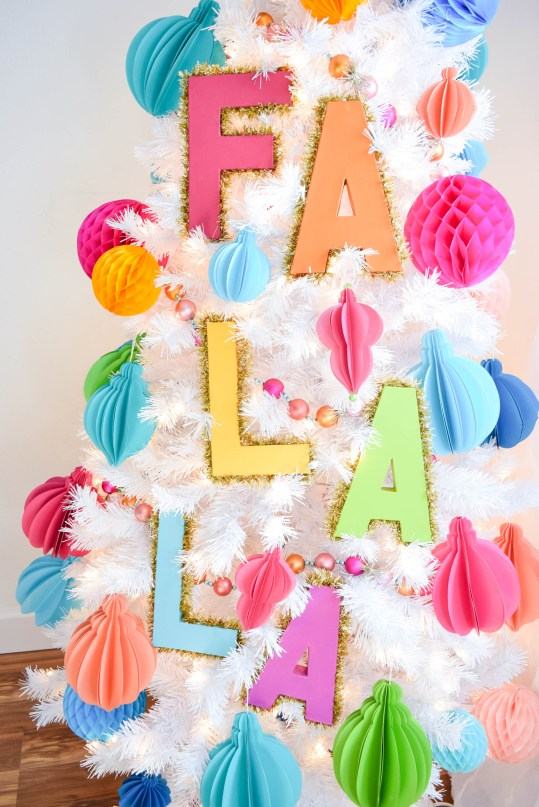 Decorative Tinsel Christmas Tree Letters: Easy Christmas Tree DIY.