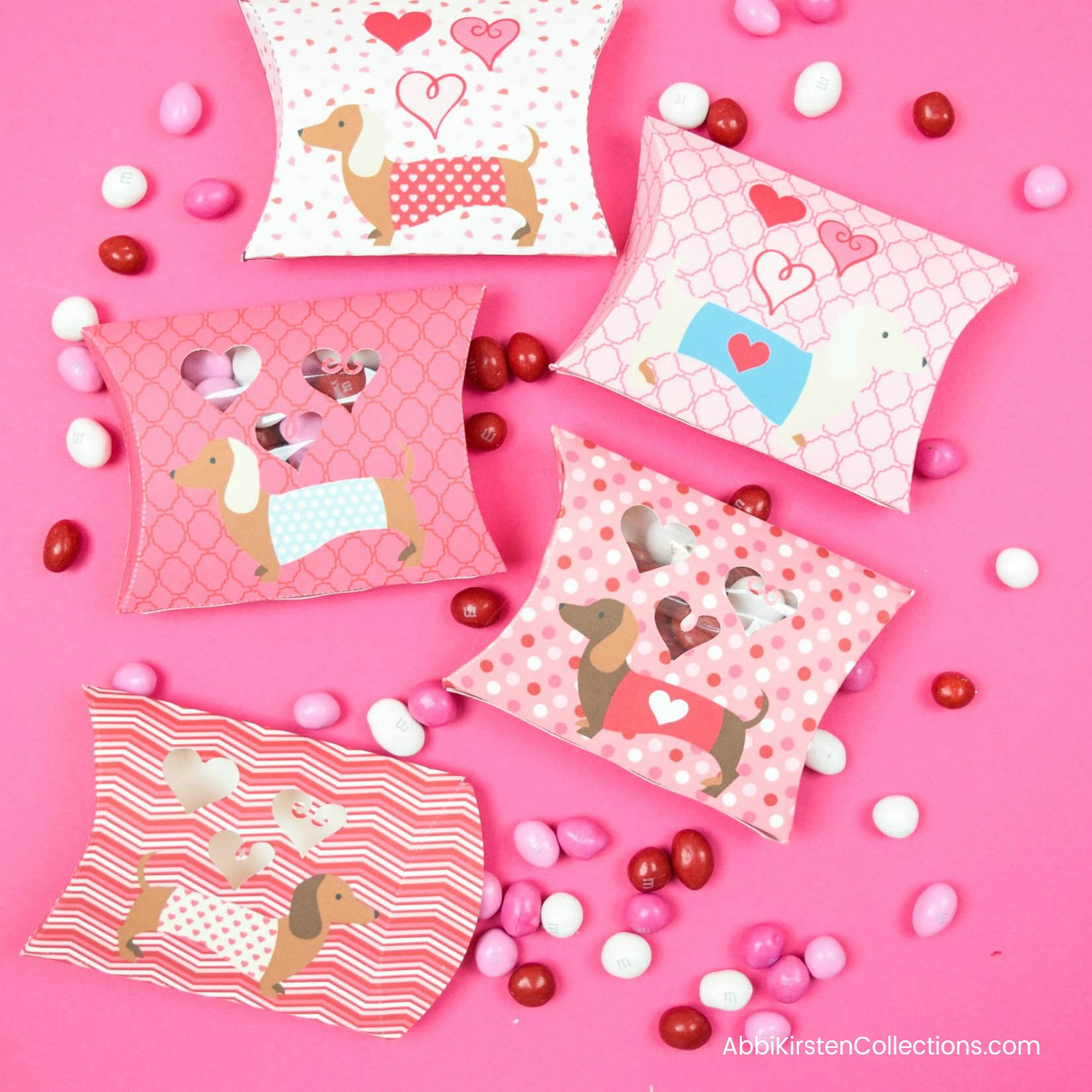 Valentine's Day Free Printables: Doxie Pillow Box Templates