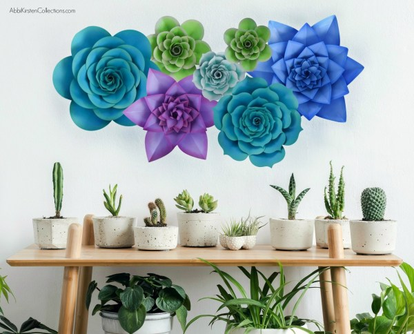 How to make large paper succulent flowers. DIY paper succulent flower templates and tutorial. Use the SVG files with Cricut or hand cut with printable PDF files.