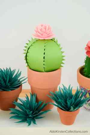 how to make cacti plants from paper.