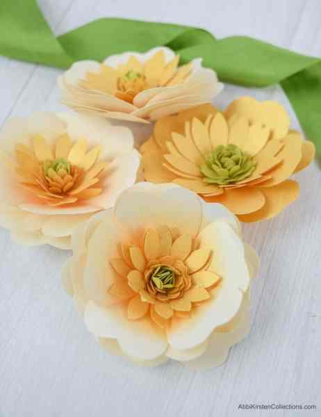 Yellow buttercup flower templates.