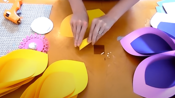 How to fold your flowers petals.