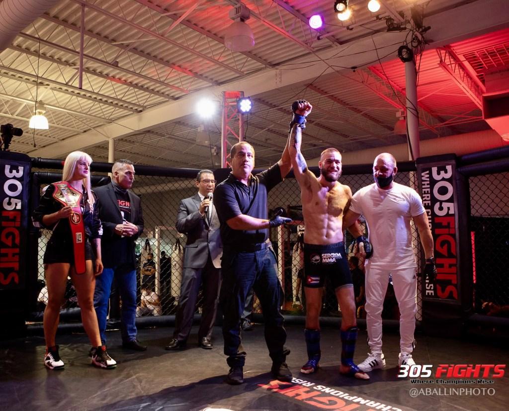 305 FIGHTS 9_26 WM-003