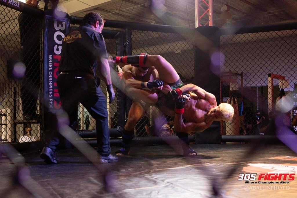 305 FIGHTS 9_26 WM-068