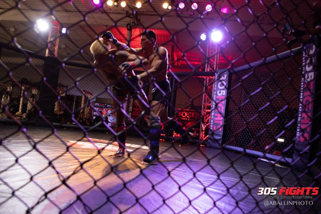 305 FIGHTS 9_26 WM-071