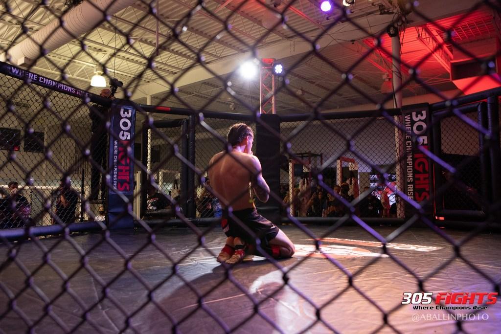 305 FIGHTS 9_26 WM-081