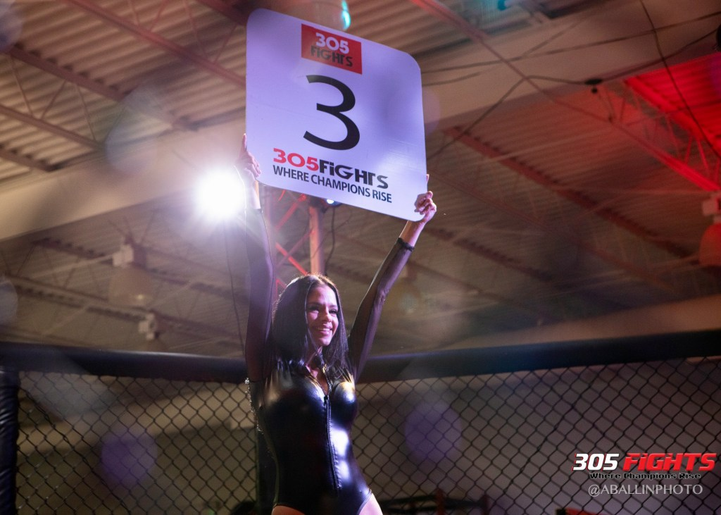 305 FIGHTS 9_26 WM-098