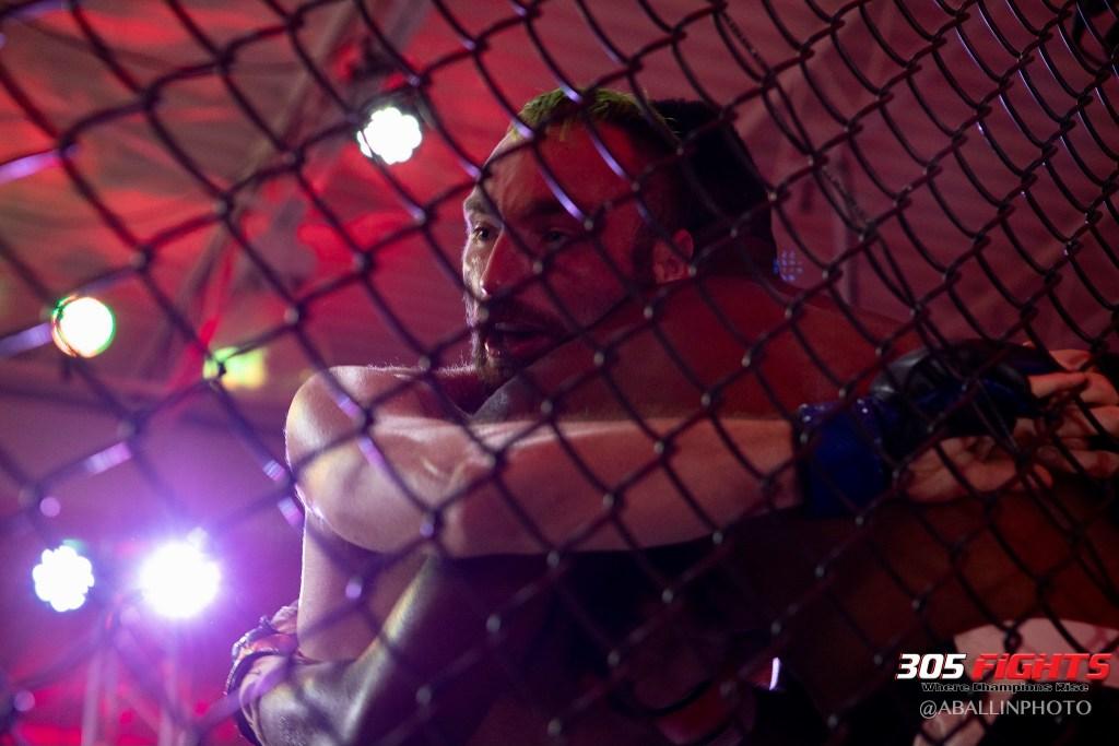 305 FIGHTS 9_26 WM-100
